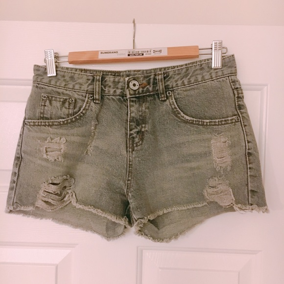 Pants - Grey Shorts XS